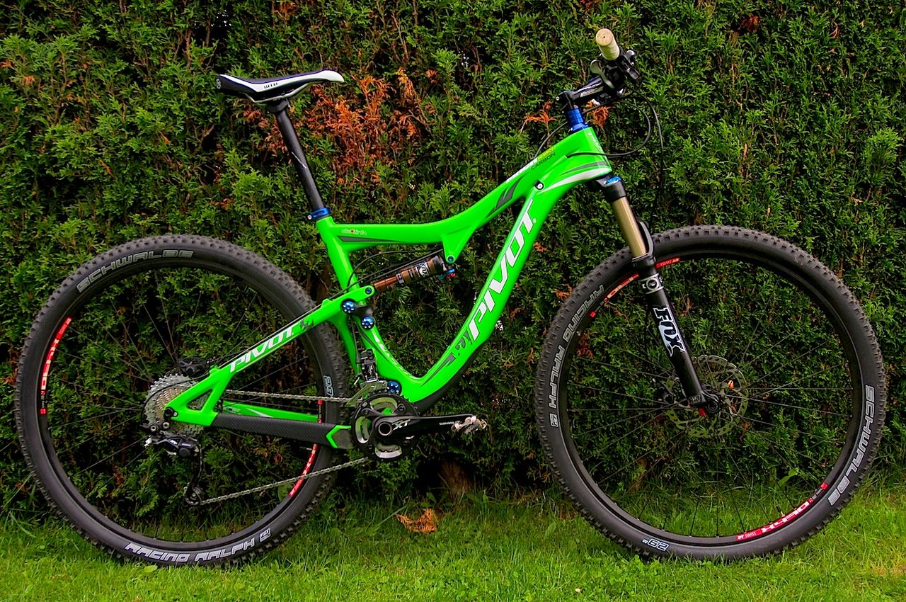 Motorcycle Pivot : Pivot cycles mach carbon on test