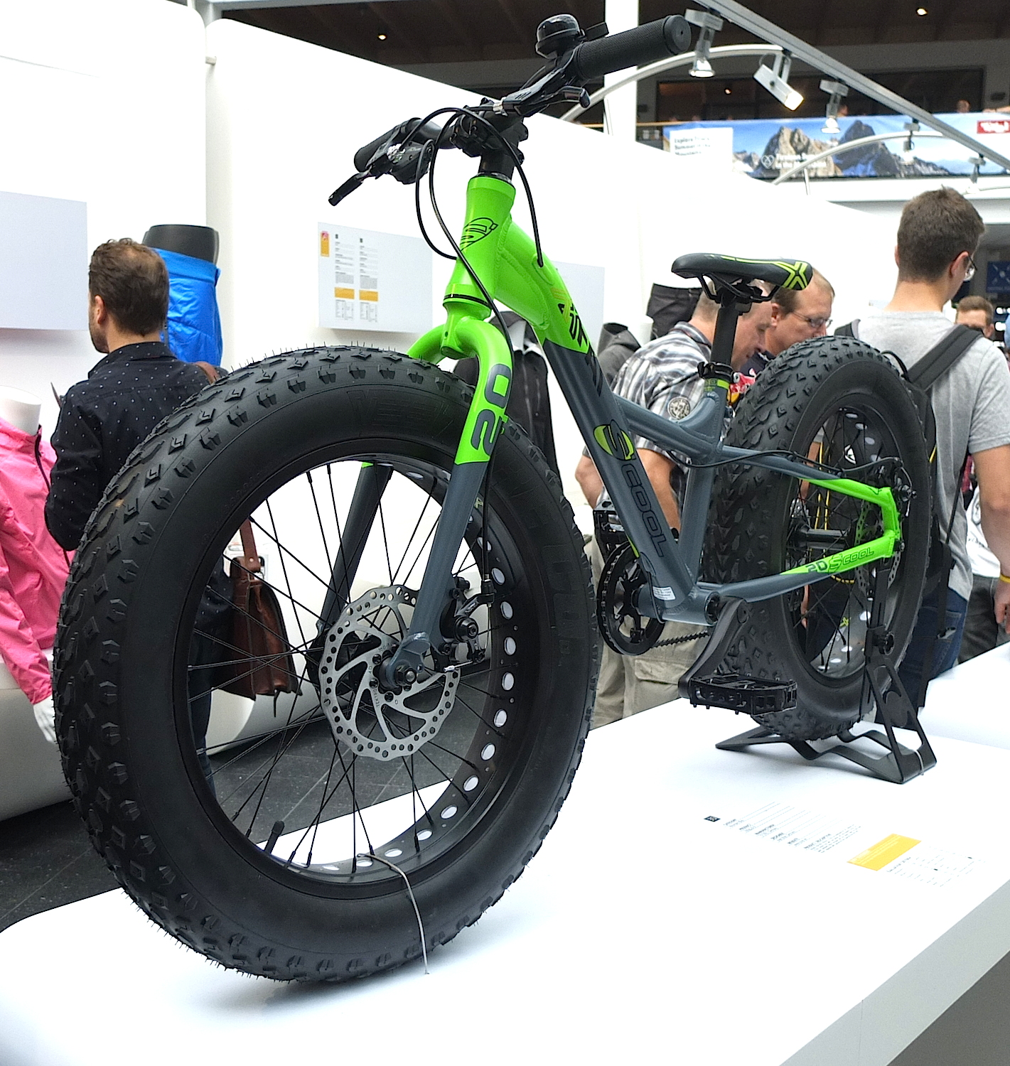 Surly 2014 Moonlander Fat Bike | All Terrain Cycles |Fat Bike